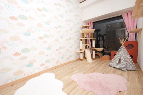 ねこべや羽田空港店室内風景(4畳のお部屋)