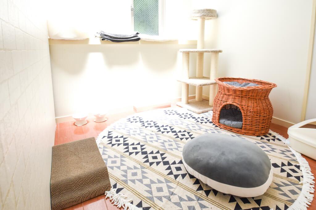 ねこべや東京店室内風景(3畳のお部屋)